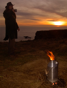 A volcano kettle is a fast self contained boiler for water perfect for bushcraft and wilderness use. - © 2017 - Gary Waidson - Ravenlore